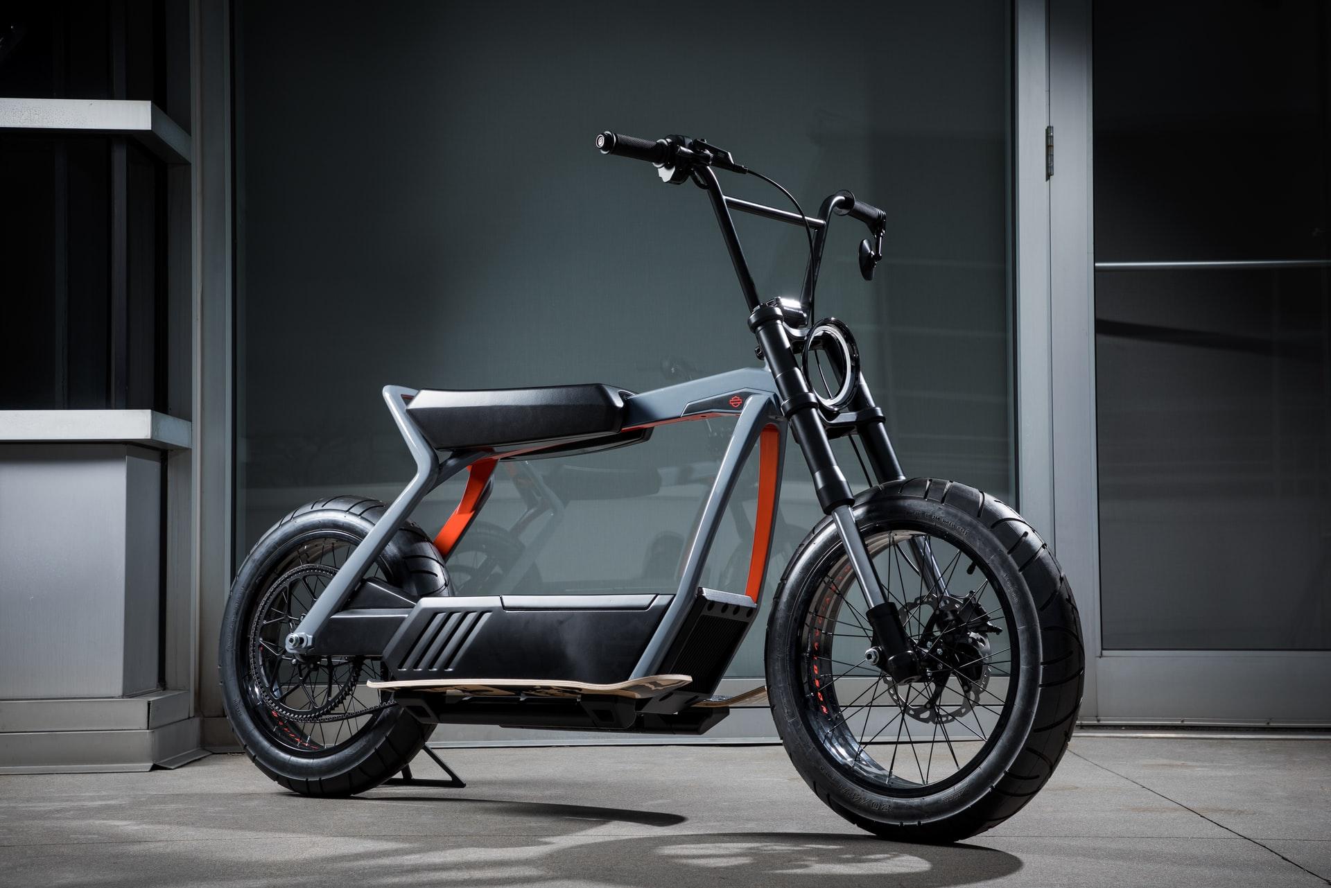 Moto ou scooter électrique, que choisir ? 1